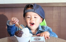 Up & coming model enjoying some gelato. Find him on Instagram: @keeping_up_with_kiyo